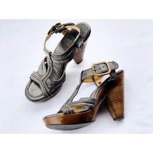 Frye Sage Trapunto Sandals Size 9